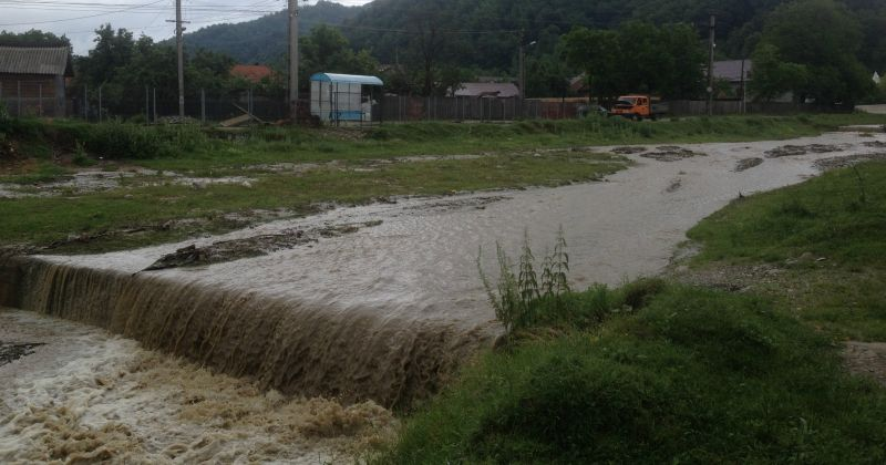 Vezi ce localităţi din Argeş primesc despăgubiri în urma inundaţiilor