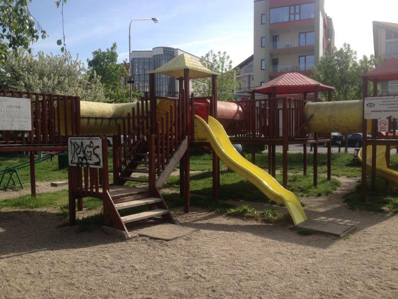 Pitești: Vezi ce locuri de joacă se modernizează!