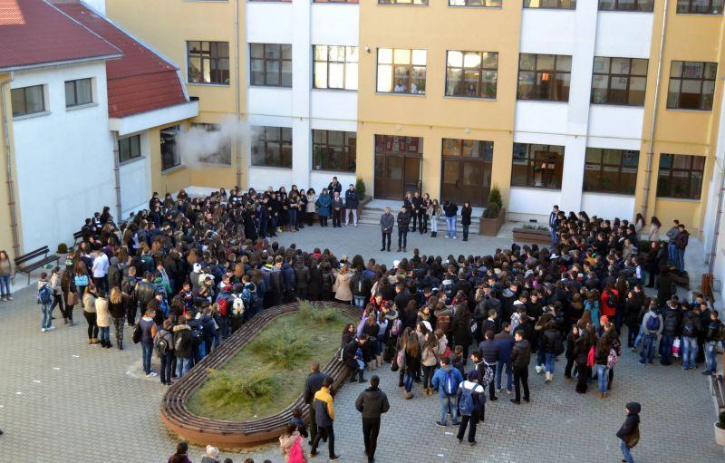 Cei mai buni elevi din Argeș vor concura în Mioveni