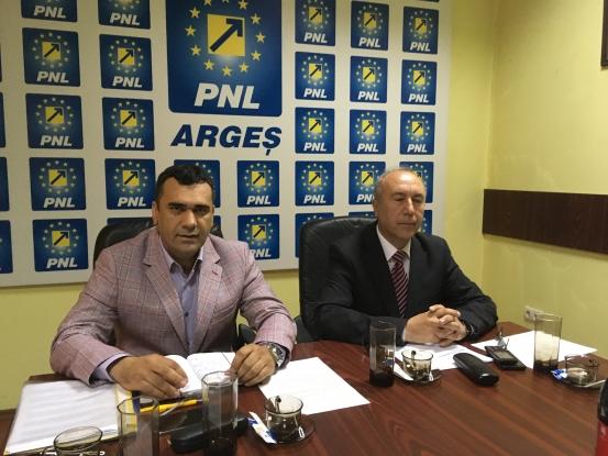 PNL şi-a anunţat candidaţii la primăriile Domneşti şi Valea Danului