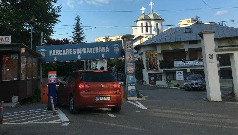 ISU interzice accesul auto în parcarea din centrul Piteștiului. Află ce mașini sunt pe lista neagră!