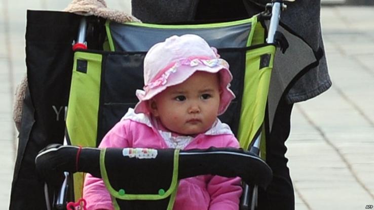 Criza demografică nu se mai termină în Argeş