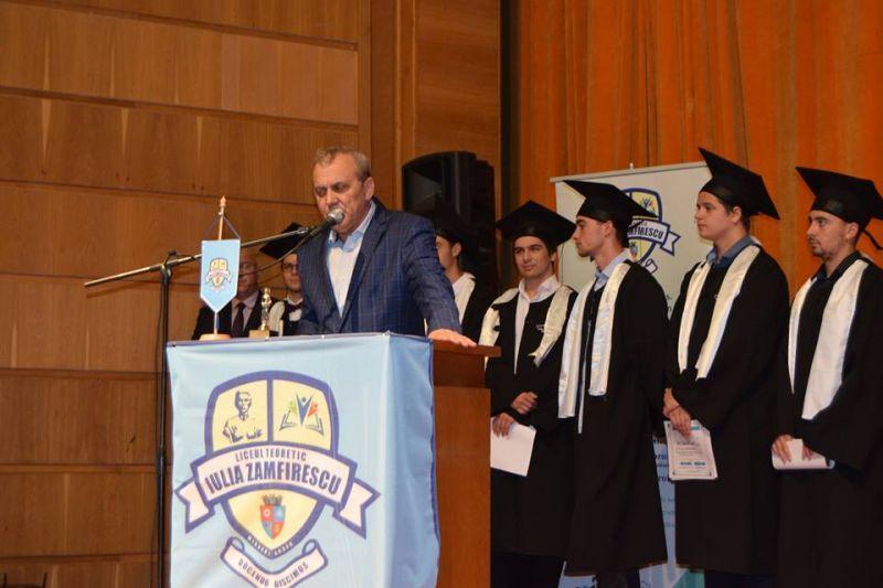 """Azi, festivitate de absolvire la """"Iulia Zamfirescu"""""""