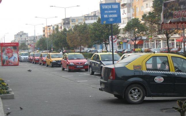 Taximetriştii din Piteşti vor să schimbe legea