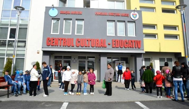 Centrul Cultural Educativ Mioveni a găzduit deschiderea Zilelor Oraşului