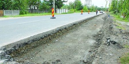 Drumuri cu lucrări în Argeş. Se circulă greu!