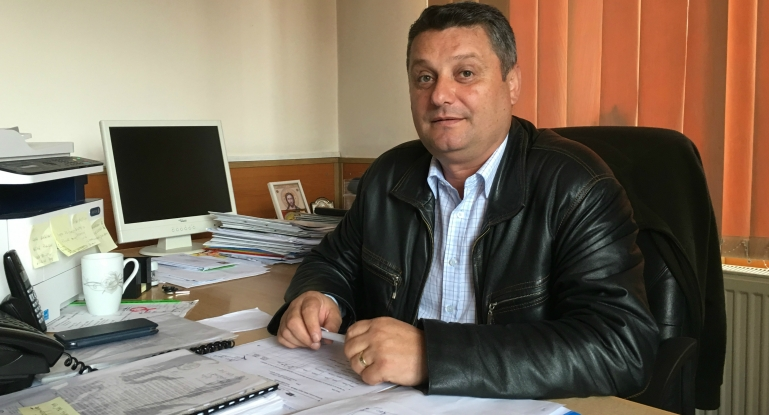 Pregătiri pentru Festivalul Ţuicii din Coşeşti
