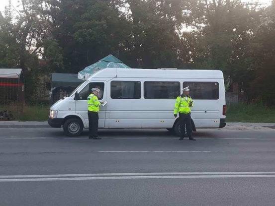 Poliţiştii locali, pe urmele maxi-taxi-urilor din Piteşti