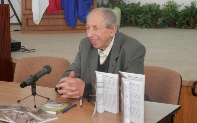 Scriitorul Marin Ioniţă, sărbătorit la Filarmonica Piteşti