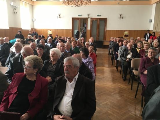 60 de cupluri, premiate la Primăria Piteşti