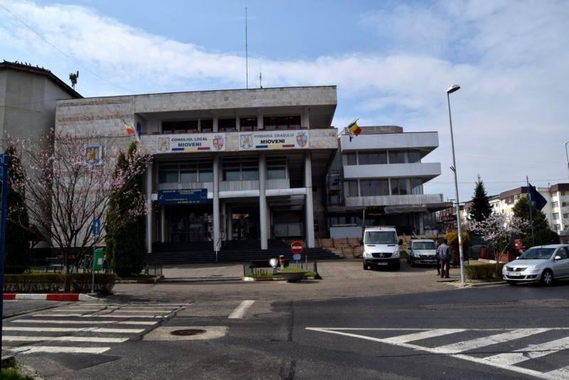 Dispecerat non - stop la primăria oraşului Mioveni
