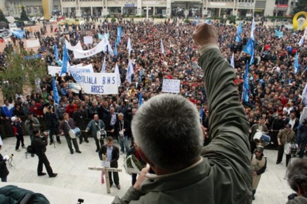 Dacia: miting de amploare în Mioveni