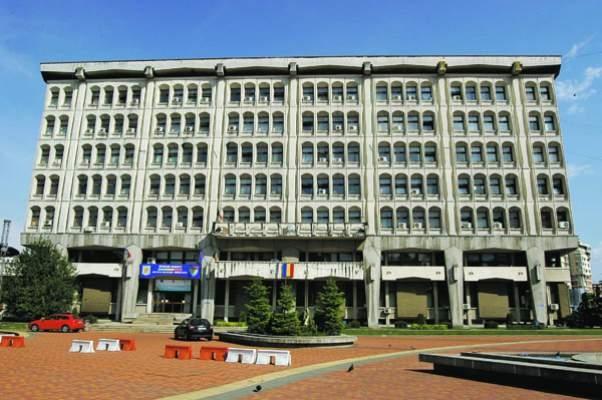 Prefectura Argeş: se modifică legea paşapoartelor