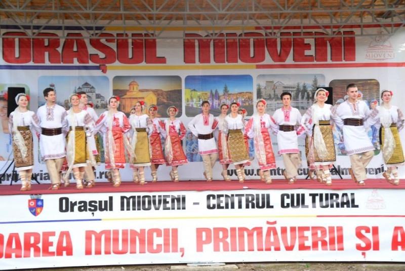 Mioveni:Transport gratuit la sărbătoarea de la Făget