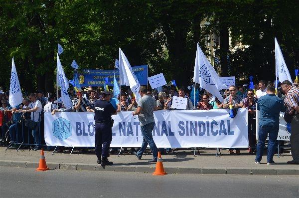 Protest de amploare în Bucureşti. Participă şi argeşeni