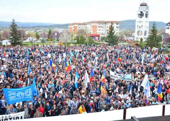 Dacia se delimitează de protestele din Bucureşti