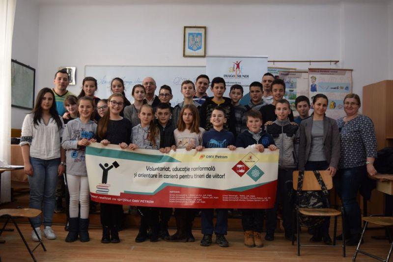 8 ateliere și un curs pe diferite teme de siguranță și orientare în carieră în rândul comunităților din Argeș și  Olt!