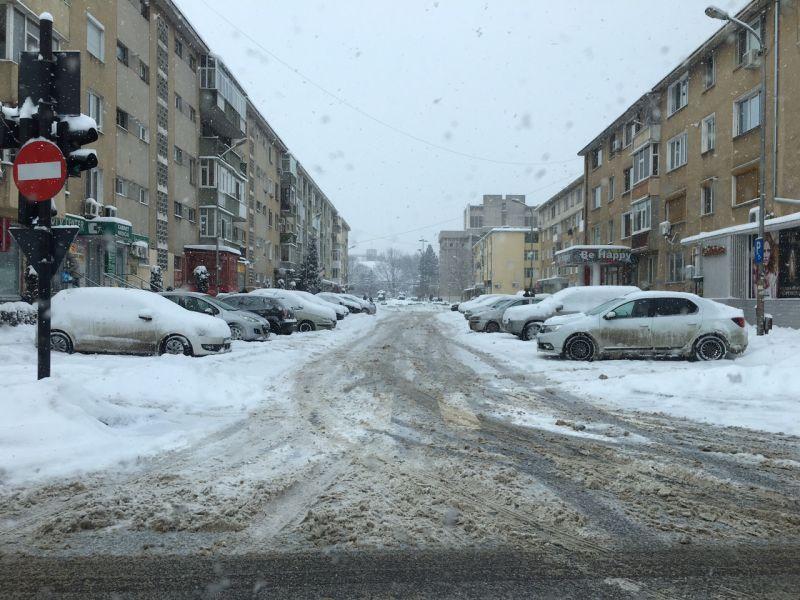 PSD învins de câteva zile de ninsoare! Judeţul Argeş – blocat !