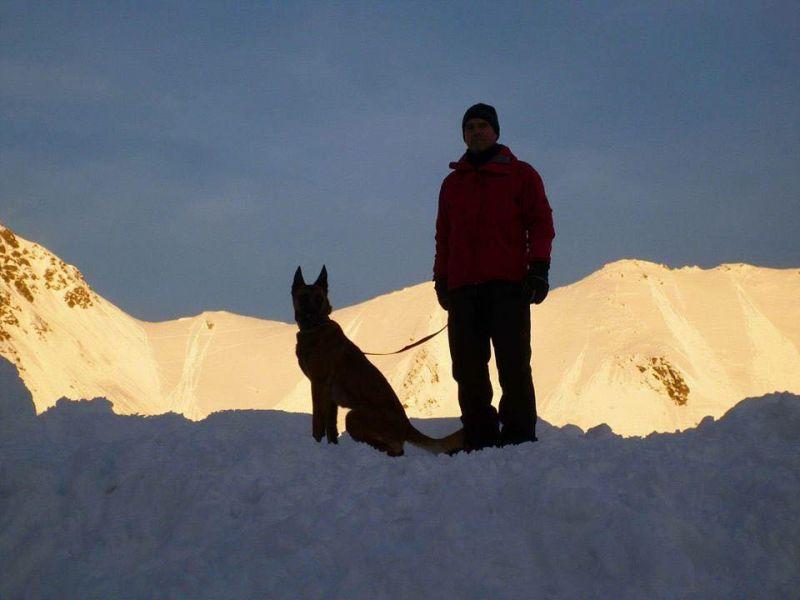 S-a încheiat Stagiul Național de Formare al Unităților Canine de Intervenție la Avalanșă