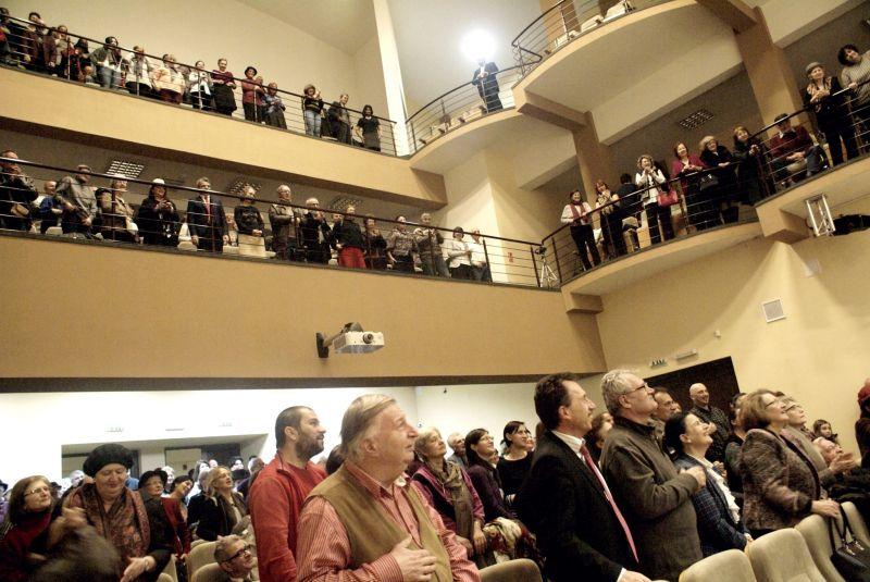 De 8 martie, doamnele intră gratuit la Filarmonica Piteşti
