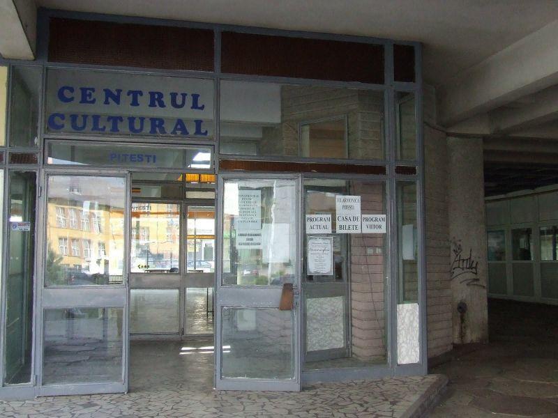 Artist german expune la Centrul Cultural Pitești