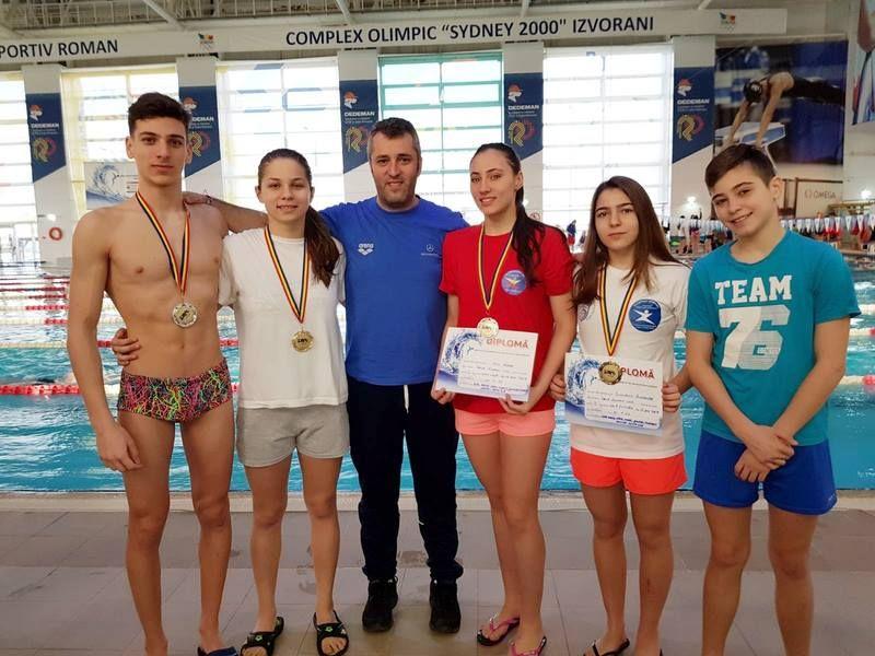 Înotătorii din Mioveni au urcat din nou pe podium