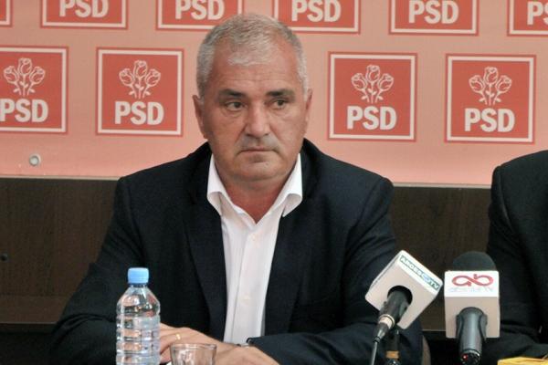 PSD face şi desface în Consiliul Judeţean sub nasul PNL