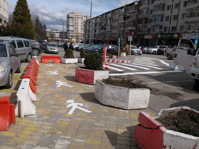 Trecerea de pietoni de lângă  Piața Vasile Milea a fost prelungită
