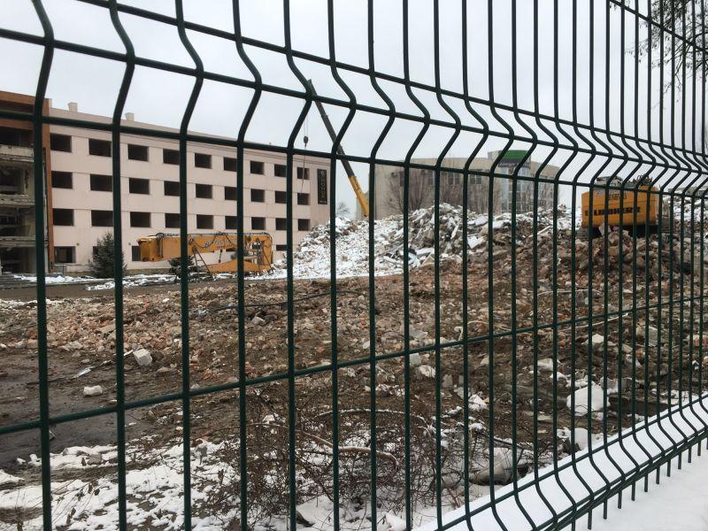 Se demolează Universitatea Constantin Brâncoveanu (VIDEO)