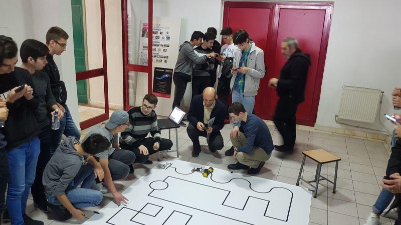 Concurs de robotică la Pitești