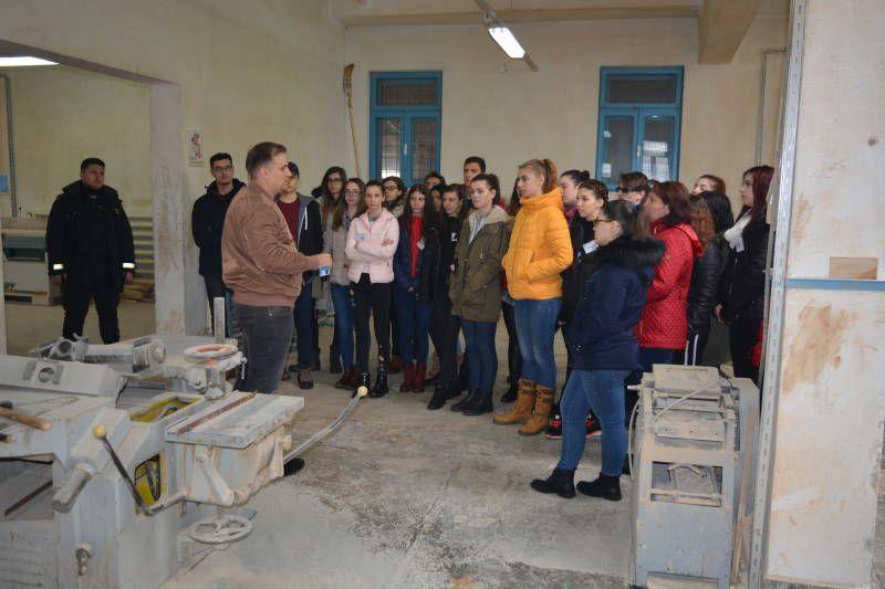 Elevii din Pitești, în vizită la penitenciarul Mioveni