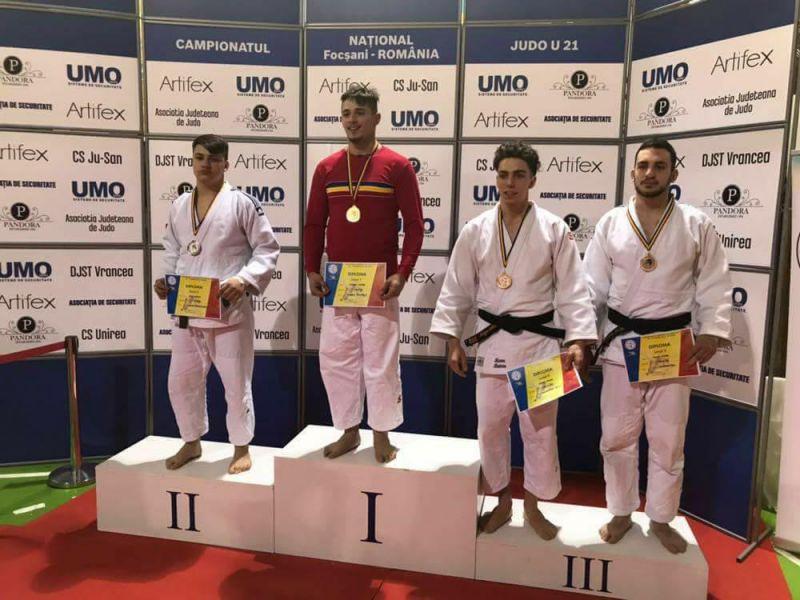 Judoka de la FC Argeş, campioni naţionali!