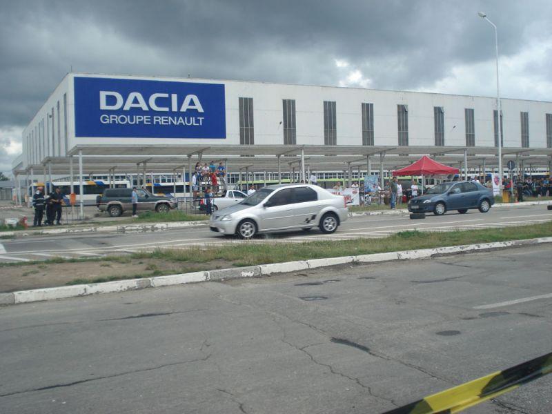 La Dacia vor suna sirenele