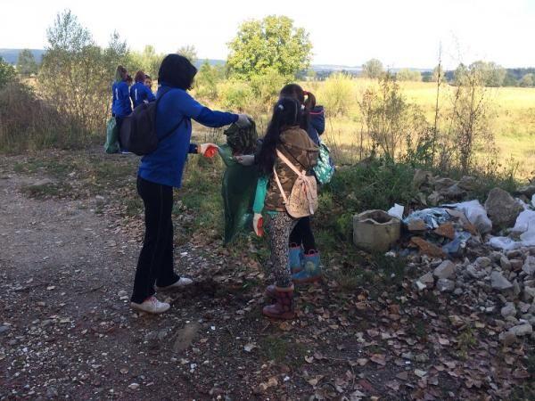 Campanie de ecologizare la Mioveni