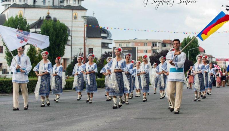Ziua Naţională a Portului Tradiţional, marcată la Mioveni