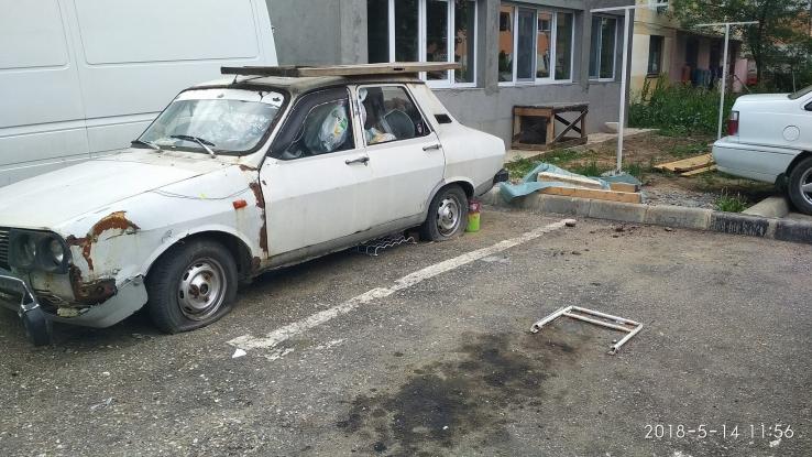 Tarife pentru maşinile abandonate
