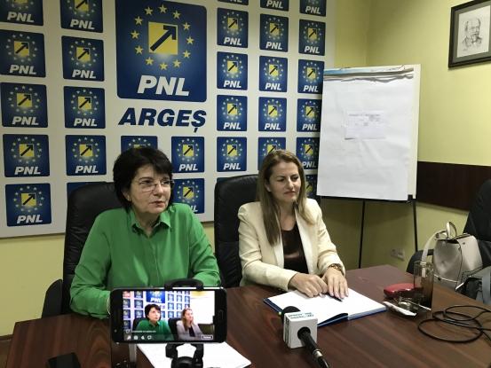 Campanie inedită a femeilor din PNL Argeş