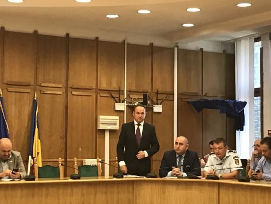 Noul şef al Poliţiei Argeş, la prima şedinţă de Colegiu Prefectural