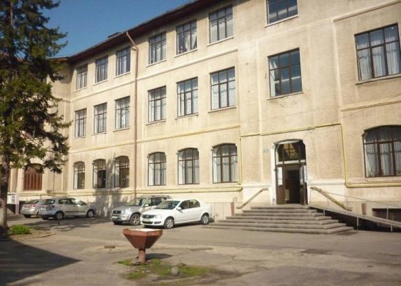 Lucrări la Colegiul Armand Călinescu