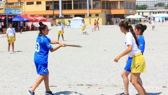 Echipa de oină din Mioveni  va participa la Campionatul Naţional de Oină pe plajă