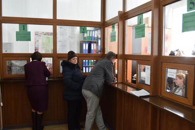 Program special de lucru la centrele de încasare a taxelor din Mioveni