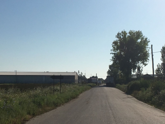 Drum judeţean, blocat din nou de tiruri la Căldăraru!