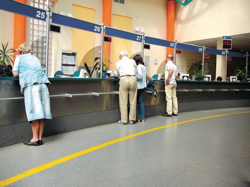 Restanţele argeşenilor la bănci au scăzut