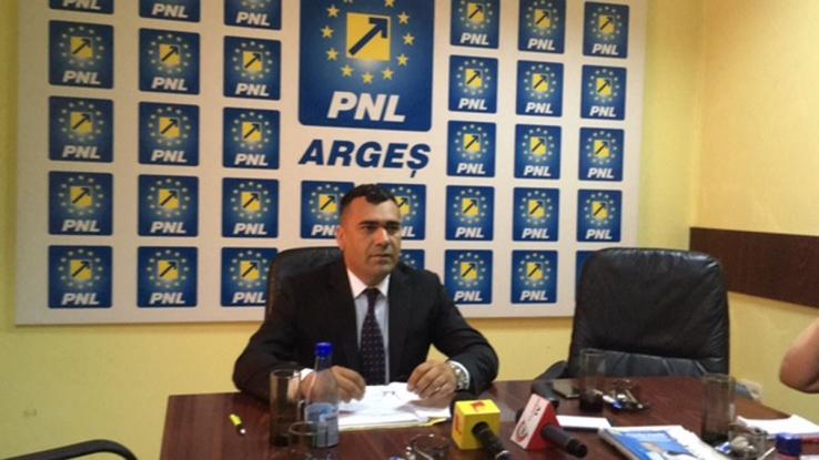 """Gelu Tofan, PNL Argeş: """"Bulibăşeală marca PSD! Agenţii economici mijlocii nu ştiu cine le va administra obligaţiile fiscale!"""""""
