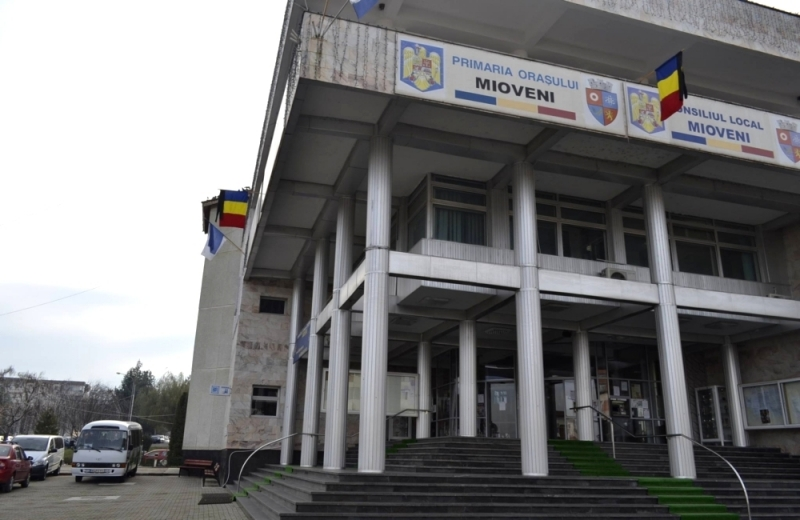 Dezbatere publică la primăria Mioveni