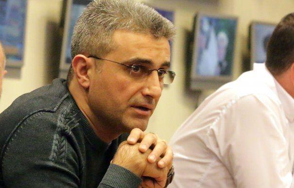 Piteşteanul Robert Turcescu îl face praf pe Florin Iordache