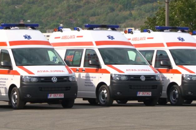 În Argeş ajung opt ambulanţe noi