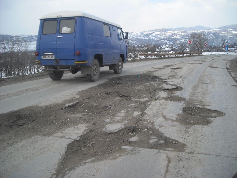 Un drum important din Argeş a intrat în vizorul autorităţilor