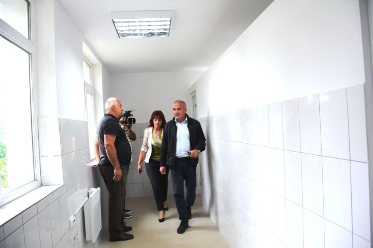 Situația școlilor din Argeș cu grupurile sanitare în exterior