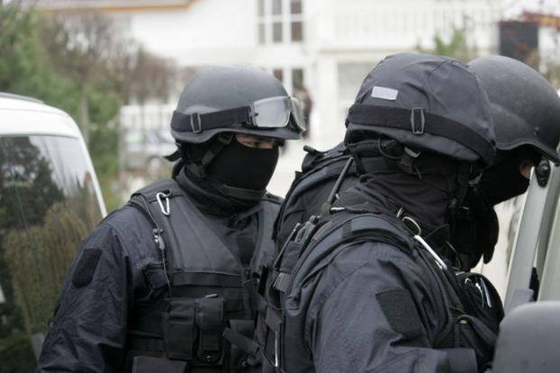 Mascaţii, descinderi la 11 hoţi din Argeş